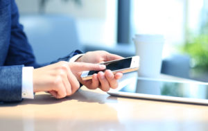 how to open a cell phone business