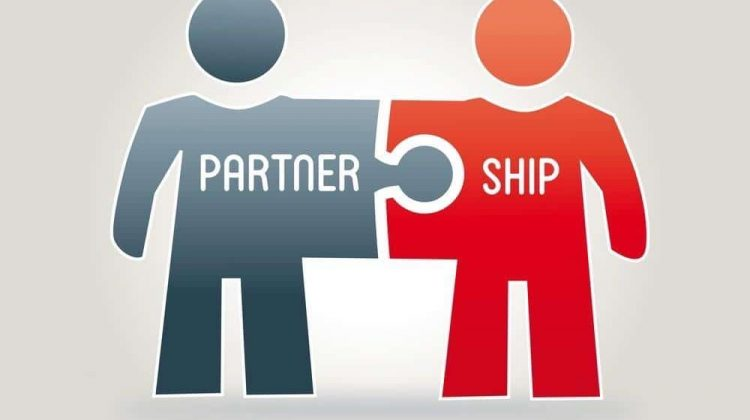Important Types of Business Relationships for Entrepreneurs